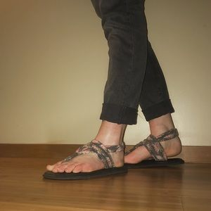Sanuk Yoga Sling Sandals- Rose